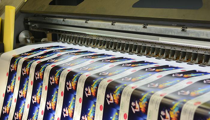 Hệ thống máy in đa dạng tại inuvcuon.vn đáp ứng đơn hàng lớn trong thời gian ngắn