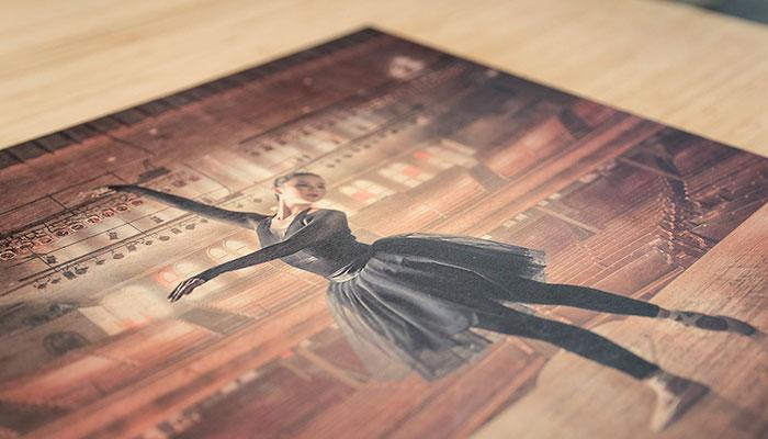 In trên gỗ làm tranh nghệ thuật đậm nét cổ điển