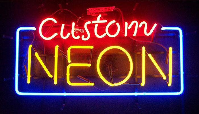 Bóng đèn neon rất nổi bật nhưng có nhược điểm là dễ hỏng