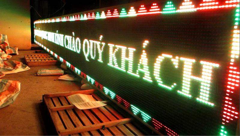 Hộp đèn led quảng cáo cho độ phát sáng và sụ chú ý cao