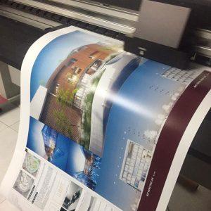 In giấy ảnh trưng bày trong thời gian ngắn bằng mực in dye sẽ giúp tiết kiệm chi phí cũng như gia tăng hiệu quả về màu sắc
